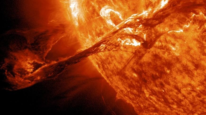 Опубликован обзор сверхмощных вспышек солнцеподобных звезд