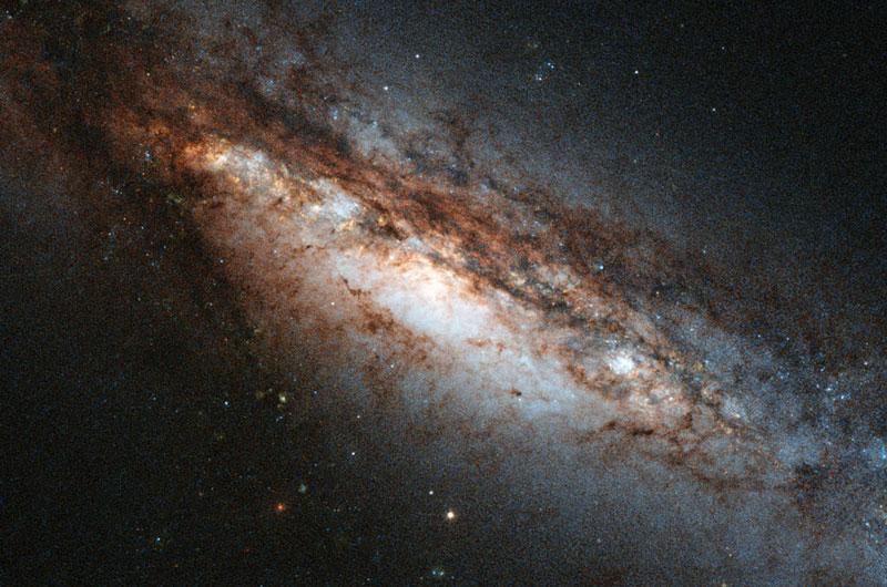Как найти черные дыры?